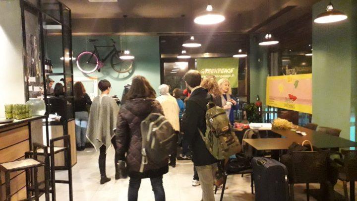 Ridurre i consumi e gli sprechi con i Volontari di Greenpeace