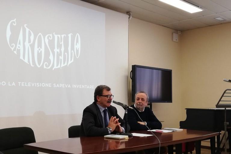 """Circolo di lettura Rai Puglia:""""Carosello, ingegno Italiano"""" di Franco Liuzzi"""