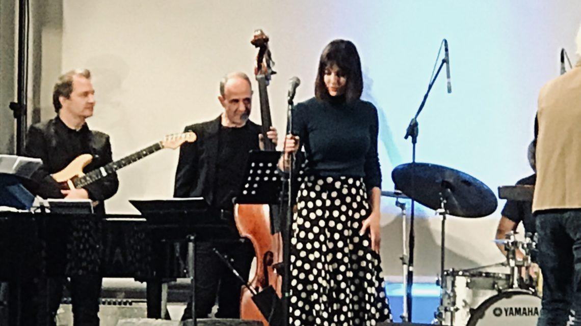 Bari, intervista con Simona Molinari